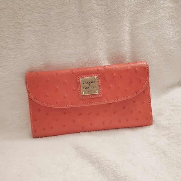 Dooney & Bourke ostrich wallet
